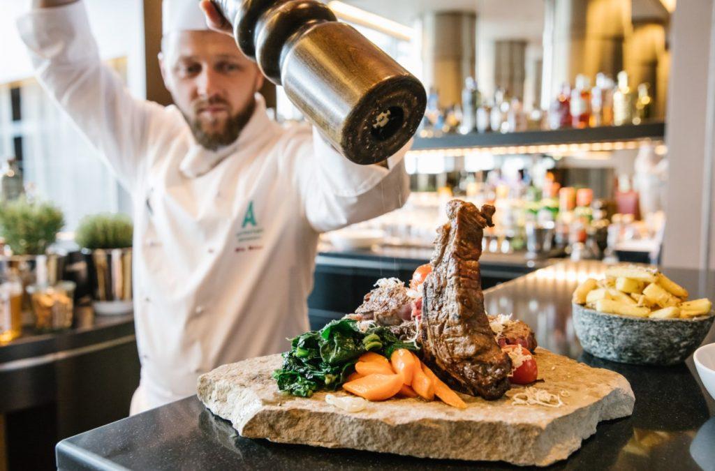 In der Gastronomie der Autostadt Wolfsburg genießen Sie beste Speisen und Getränke von unserem Fachpersonal. Verwöhnen Sie Ihren un die Gaumen Ihrer Gäste und Teilnhmer Ihrer Tagung in Wolfsburg.